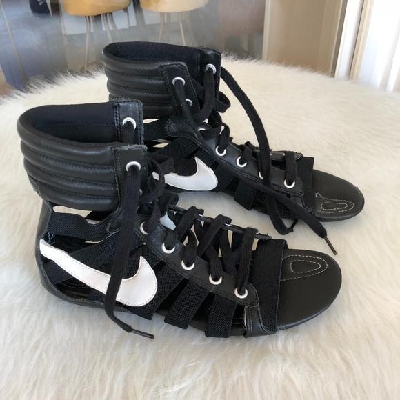 diente ponerse nervioso ayuda  Nike Shoes | Gladiator Sandal Size 7 | Poshmark